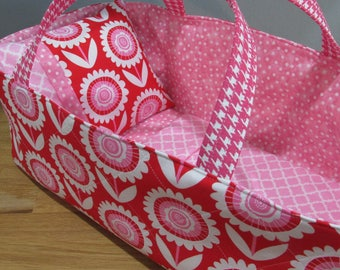 Doll Carrier, Will Fit Bitty Baby and Stella Dolls,Daisies, Pink Lining, 16 Inches Long, Doll Basket