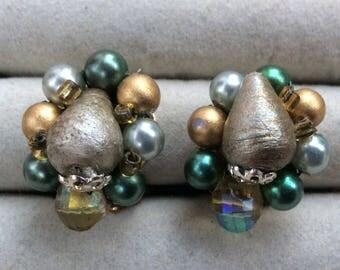 Vintage earrings great colors