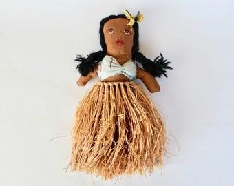 Vintage 1940s/1950s Hawaiian Hula Girl Rag Doll with Grass Skirt