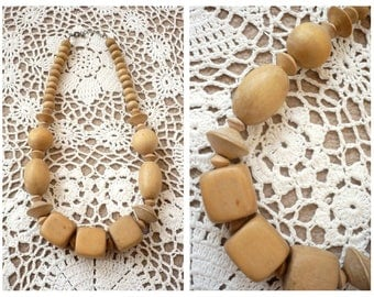 90's Vintage Chunky Wooden Beaded Bohemian Necklace