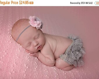 ON SALE Grey and Pink Bloomer Set, Baby Bloomers, Lace Bloomers, Diaper Cover, Grey Bloomers, Newborn Photo Prop, Baby Girl Prop