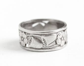 Vintage Flower Band - Sterling Silver Wide Floral Bell Eternity Ring - Retro 1950s Size 4 3/4 Wide Cigar Band Stacking Floral Jewelry