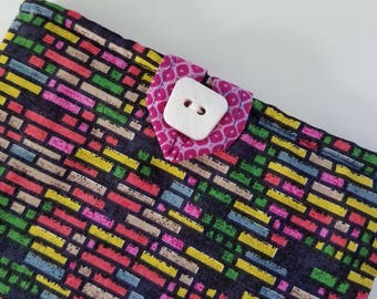 Fuchsia Dash Kindle Sleeve