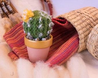 Crochet Barrel Cactus w/ Yellow-white flower