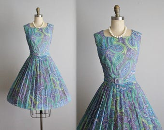 50's Dress // Vintage 1950's L'Aiglon Purple Blue Paisley Print Print Full Garden Party Dress S