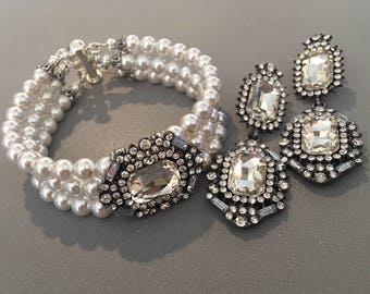 Pearl Bracelet Set in 3 multi strands Swarovski Pearls with rhinestone in Gunmetal Gray Black Clear White or your color mother of the bride