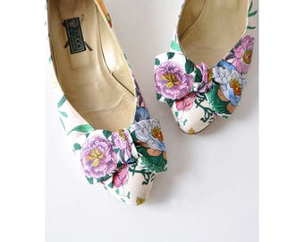 Gucci Heels 37.5 • Vintage Gucci Floral Heels •  80s Heels • Bow Shoes • Gucci Shoes • Floral Pumps • Vintage Heels  | GSH009