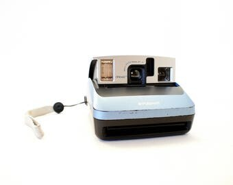 Polaroid One600 Blue and Black Camera - Film Tested Working