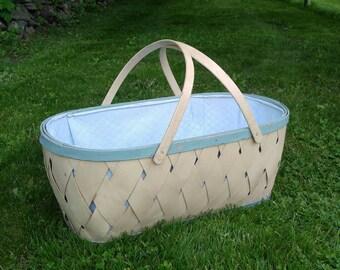 Vintage Wicker and Wood Bassinet / Vintage Baby Cradle / Vintage Wicker Basket / Vintage Storage