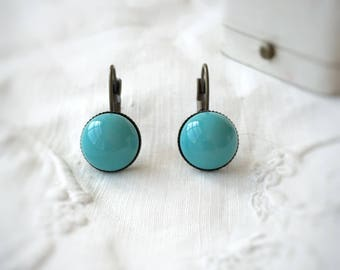 Retro blue cabochon earrings. Retro vintage cabochon earrings. Everyday earrings. Urban Earrings. Simple earrings. Gift for her. Bridesmail.