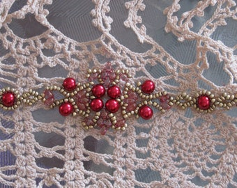 Lotus Lace - Hand sewn bead weaving