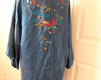 Vintage SILK and rayon embroidered Kimono duster jacket Robe