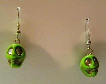 Dangle Green Skull Earrings   581