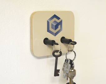 Nintendo GameCube Plug Key Chain Holder Organizer - Real controller Plugs
