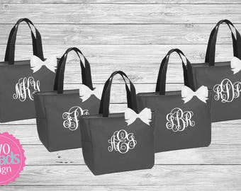 Zipper Bridesmaid Totes Set of 7 , Bridesmaid Gifts, Charcoal Totes, Gray Totes, Bridal Party Gift, Bridesmaid Tote Bag, emroidered Tote