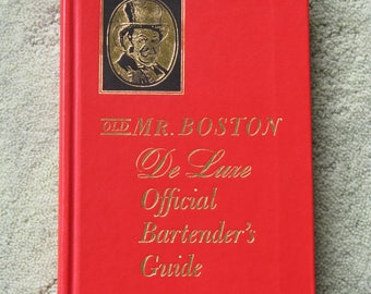 FREE SHIPPING...1963 Bartender's Guide by Old Mr. Boston, pristine condition