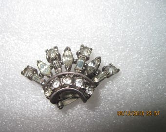 One Vintage Crown Styled TRIFARI Sterling Silver & Rhinestone Women's Clip-On Earring