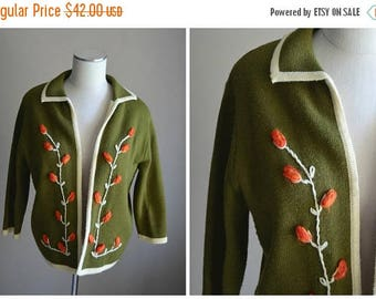 Summer SALE - 20% off - vintage 50s 60s avacodo green floral embroidered sweater cardigan -- womens medium