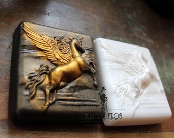 PEGASSUS SOAP, Set of 2, Flying Horse Soap, Equine Soaps, Animals Soaps, Horse Party Favor Soaps