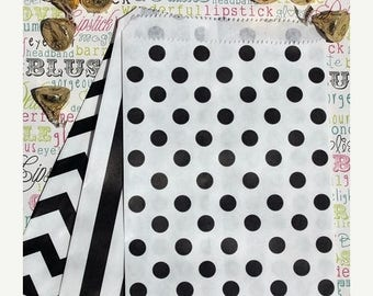 GLAMSALE 75 Black and White Favor Bags in Polka Dot, Stripe and Chevron, Wedding Favor Bags, Wedding Candy Bags, Popcorn Bags, Treat