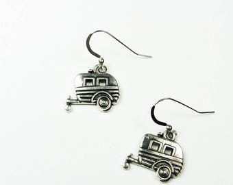 Wanderlust Jewelry - Camper Trailer Earrings - Fun Travel Road Trip  Vacation Jewelry for Outdoorsy Gift