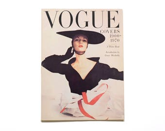 Vogue Covers poster book softcover oversize Vogue collector book 1900-1970 vintage fashion 1978 Harmony Books