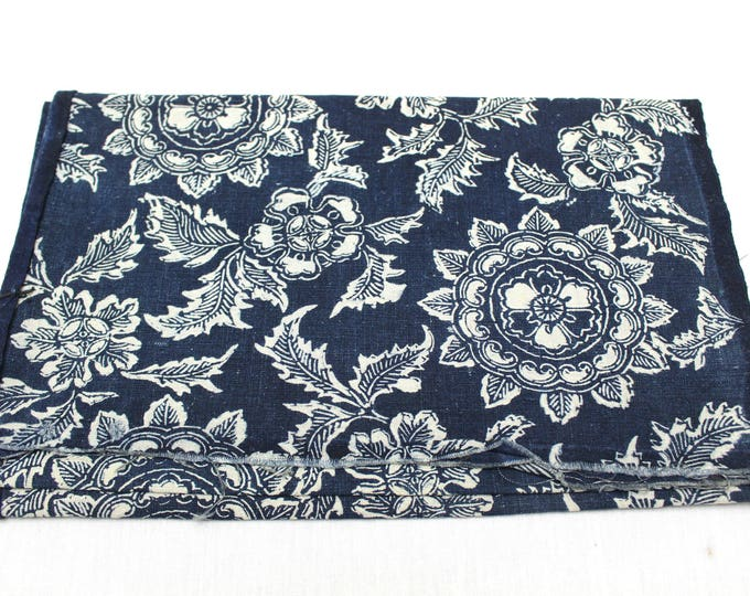 Japanese Katazome Cotton. Boro Textile. Natural Indigo Stencil Dyed Folk Fabric  (Ref: 1856)