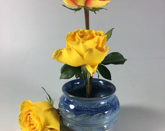 Ready to ship blue flower vase japanese ikebana flower vase. Ready to ship. One of a kind. Vase with stainless steel pin frog .   #9012
