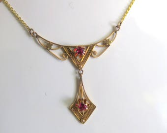 Vintage 14k Gold Necklace with Red Stones