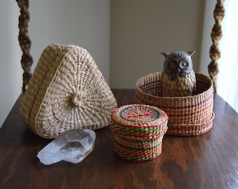 Three Vintage Woven Nesting Baskets w/ Lids - Gift Boxes, Natural Decor, Folk