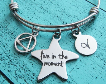 encouragement live in the moment bracelet, AA recovery gift, sobriety jewelry, inspirational gift for her, sober recovery addiction 12 steps