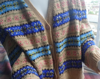 Reserved for Lisa. vintage handknit fairisle cardigan L beige blue land girl