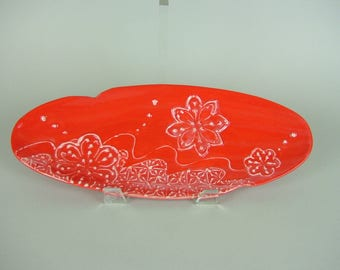 Blight Red Oval Serving Plate