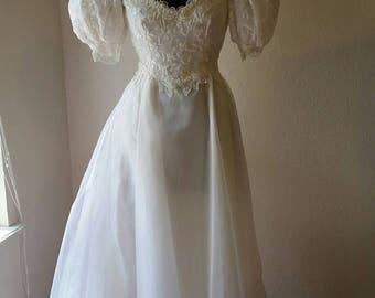 Vintage wedding dress circa 1980s Alfredo Angelo
