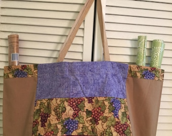 Pears and apples market tote
