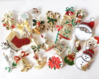 Assorted Christmas brooches destash 25 pieces holiday pins different materials and sizes