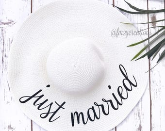 Just Married Hat | Bride Hat | Wifey Floppy Hat | Gift for the Bride | Customized Floppy Hat | Honeymoon Beach Hat | Just Married Floppy Hat