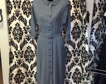 Adorable 1940's Sheath Dress