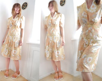 Vintage 70s coctail dress/ Peach floral womens dress/ Pastell short dress/ M/ 60s summer dress