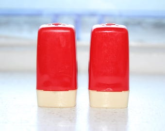 Retro Plastic Salt and Pepper Shakers Red White Vintage 50s