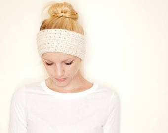 FLASH SALE Crochet earwarmer headband - cream