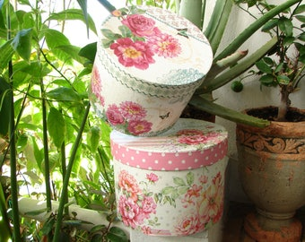 pair,shabby chic,round boxes,floral & roses,paper-covered card, storage or gift box