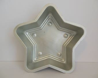Mirro Aluminum Star Jello Mold Large Heavy Silver Metal Five Point Star Baking Dish Number 718AM Made in USA