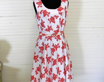 Vintage Dress, 1960s Sun Dress, Sleeveless Dress Red Floral A Line 1960s Sundress, Size 8 Sun Dress With Belt, Red and White Floral Print