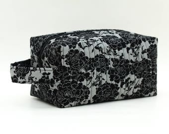 Black Roses/Flowers on Gray/Grey Quilted Cosmetic Bag with Handle, Boxy Pouch; Boxy Bag; Make-Up Bag; Travel Bag; First Aid Kit; Shave Bag