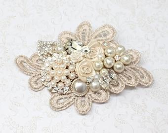 Bridal Hair Comb- Bridal Hair Accessories- Wedding Hairpiece- Blush Hair Comb- Statement Bridal hairpiece- Champagne clip- Floral Hair comb