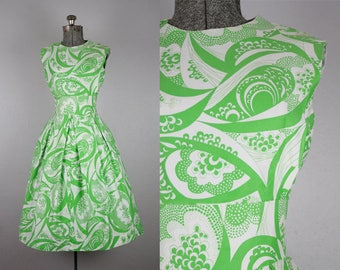 1960's Cotton Green and White Sundress / Size Small Medium