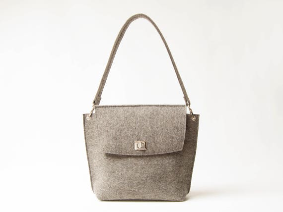 Wool Felt FLAP BAG / warm grey tote bag / grey bag / womens bag / felt shoulder bag / elegant bag / made in Italy