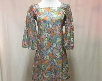 Late 1960's Mod Flowered Marsha Brady Style Dress