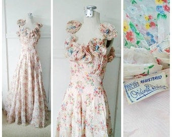 20% OFF / With the Wind 1930s Pale Pink Floral Bouquet Print Gown with Rosette Detail